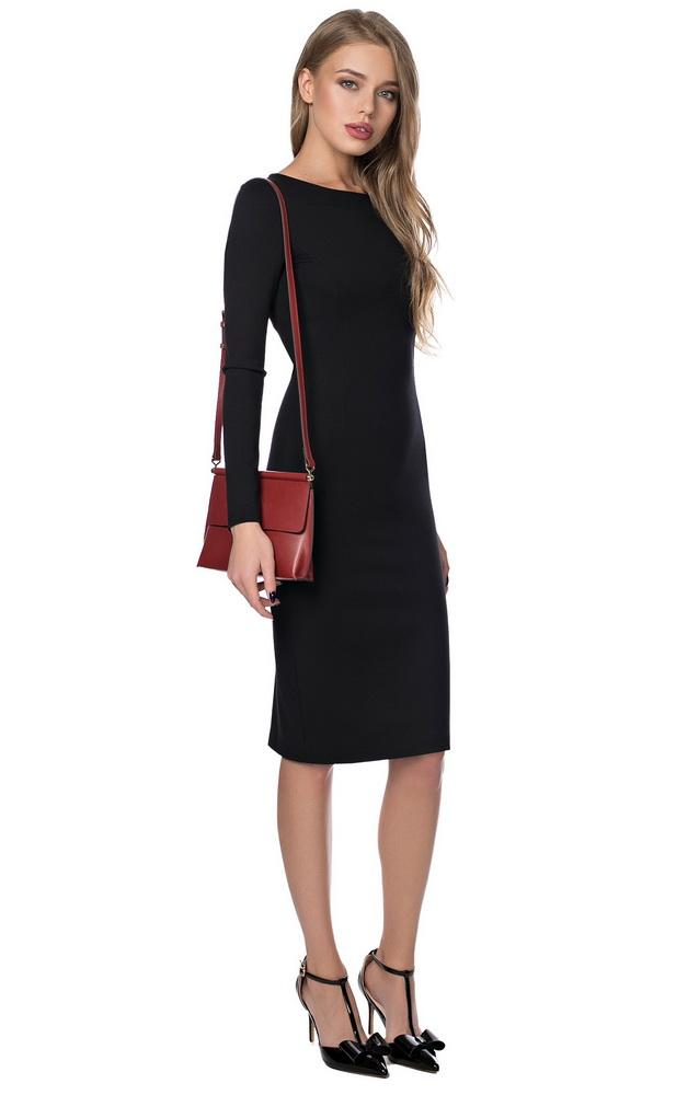 775da30ed7e ... Маленькое черное платье с круглым вырезом и длинными рукавами ...