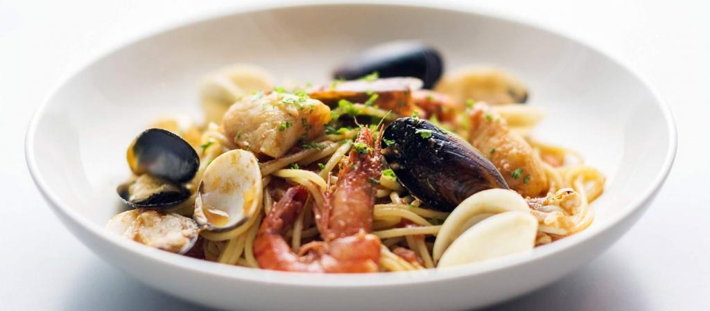 spaghetti-with-seafood.jpg