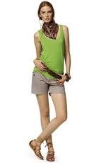 Летний образ - сочетание зеленого цвета с бежевым