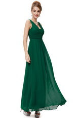 Зеленый цвет в вечерней моде - оттенок драгоценных камней