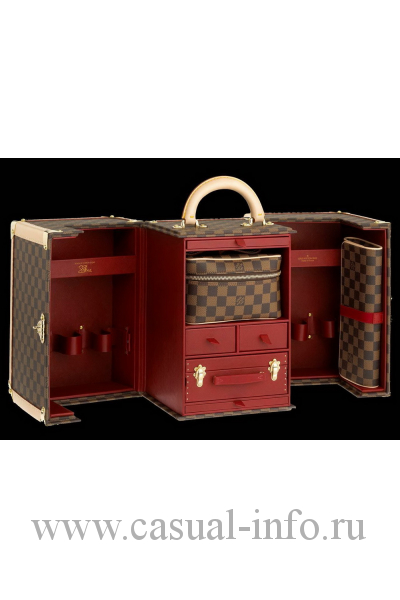 Дорожный нессесер Louis Vuitton Vanity Case, начало XX в