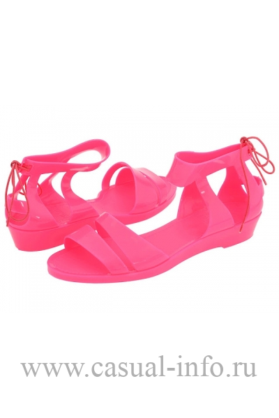 Jelly shoes �� Chloe